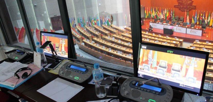 Razones para utilizar traducción simultánea en conferencias