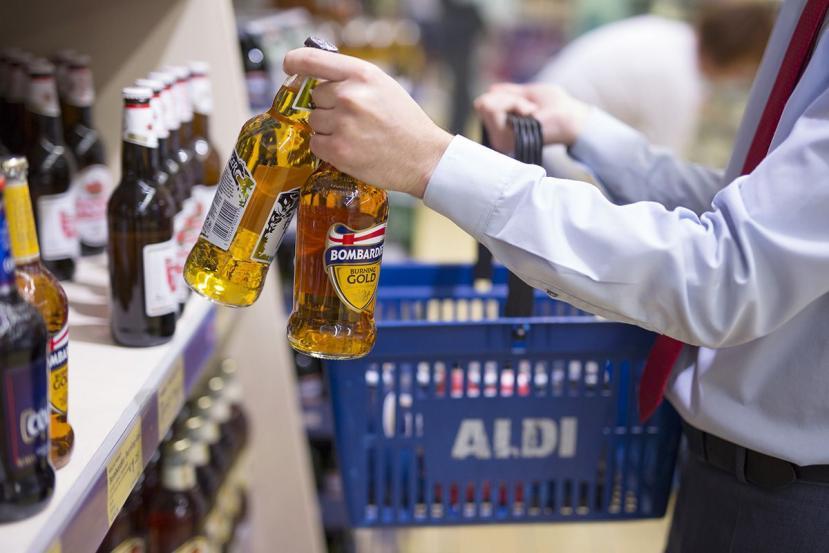 Multa por vender alcohol fuera del horario permitido